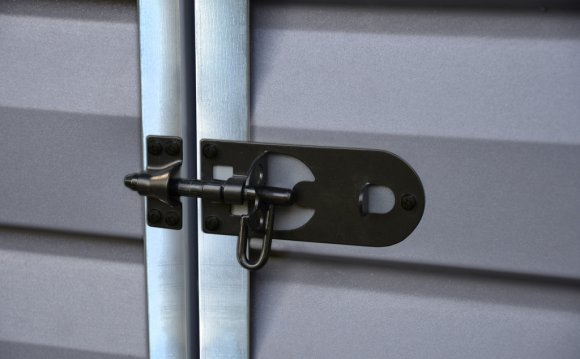 Lockable door latches are