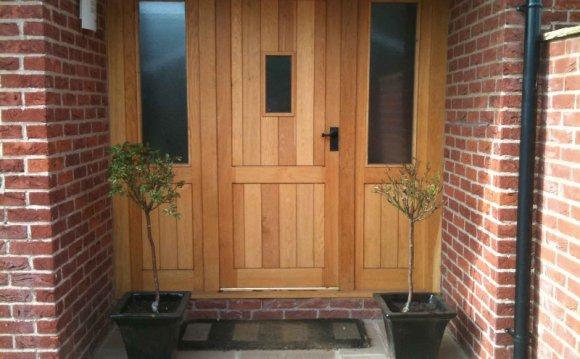 Oak Front Door | 800 x 600