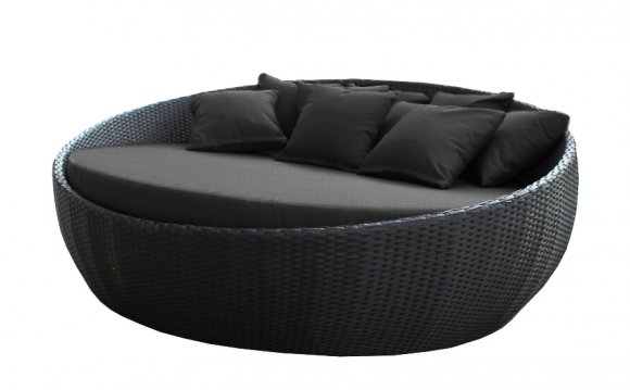 Gorgeous sleek black day bed
