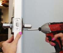 How to Install a Door Knob